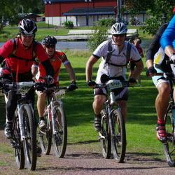 Cycling 90 km - Mikael Södergren (4194), Erik Ringvall (5785)