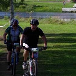 Cycling 90 km - Christer Jansson (4083), Lars Hagrot (5113)
