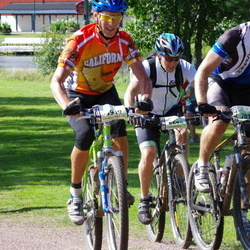 Cycling 90 km - Sture Bertilsson (4919), Thomas Hugosson (6696), Christian Heydeck (7075)