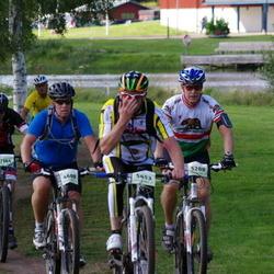 Cycling 90 km - Johan Pettersson (4609), Jimmy Nyberg (5280), Christoffer Bergquist (7144)