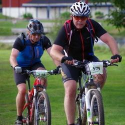 Cycling 90 km - Dennis Lindkvist (5775), Henrik Sørensen (7118)