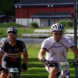 Cycling 90 km - Henrik Lundh (4702), Jonas Gustafsson (7281)