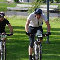 Cycling 90 km - Erik Säfsten (6393), Fredrik Hagelöf (6757)