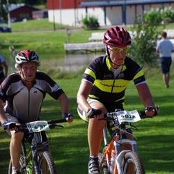 Cycling 90 km - Carolina Johansson (5878), Göran Wirén (6007)