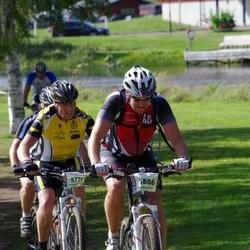 Cycling 90 km - Mats Bergman (5771), Dick Karlsson (5806)