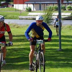 Cycling 90 km - Kristofer Kilander (5752), Janne Bysell (7284)