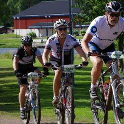 Cycling 90 km - Holger Hedlund (5001), Lars Berggren (5779), Peter Åström (5799)