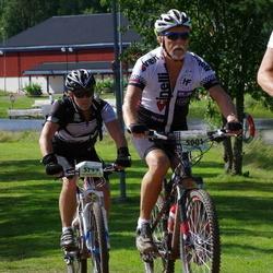 Cycling 90 km - Holger Hedlund (5001), Peter Åström (5799)