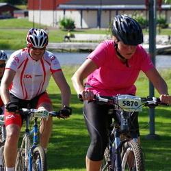 Cycling 90 km - Claes Ekstrand (5252), Christina Elgh (5870)