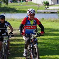 Cycling 90 km - Dag Skride (6051), Anders Ek (7514)