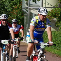Cycling 90 km - Anders Jangtoft (7731), Eiliv Gustavsen (9452)