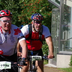 Cycling 90 km - Michael Nordsveen (8889), Anders Heder (9898)