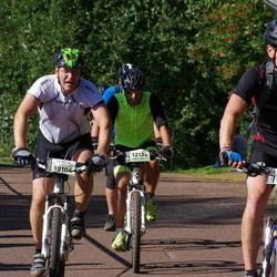Cycling 90 km - Anders Peterson (10106), Marcus Wetter (10188), Henrik Engblom (12132)