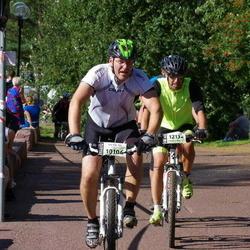 Cycling 90 km - Anders Peterson (10106), Henrik Engblom (12132)