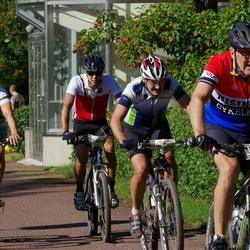 Cycling 90 km - Claus Dennis Jønsson (6926), Börje Johansson (9823), Robert Lundh (12930)