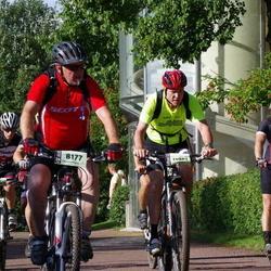 Cycling 90 km - Egon Carlzon (8177), Hans Olofsson (11907)