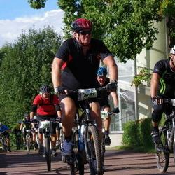 Cycling 90 km - Jan Roth (8097), Henrik Lagerberg (10687)
