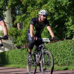 Cycling 90 km - Henrik Lagerberg (10687)