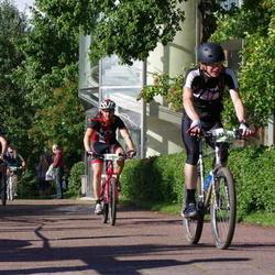 Cycling 90 km - Roger Ekeroos (8595), Emil Andreasson (13057), Henrik Johansson (14211)