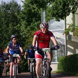 Cycling 90 km - Martin Nyman (9532), David Larsson (9930)