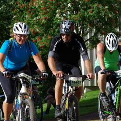 Cycling 90 km - David Bradley (10877), Ove Lissmors (14402)