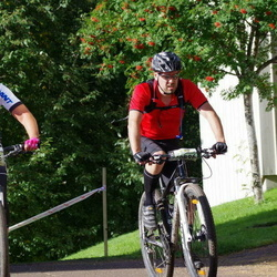 Cycling 90 km - Daniel Willför (10896), Emma Sjöberg (13565)