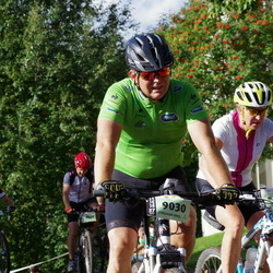 Cycling 90 km - Cecilia Lager (8019), Michael Ohlson (9030)