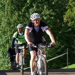 Cycling 90 km - Patrik Wilson (10678), Jenny Hammar (14189)