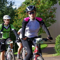 Cycling 90 km - Isabell Augustsson (12100), Jenny Hammar (14189)