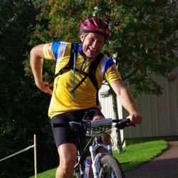 Cycling 90 km - Bo Adielsson (13279)