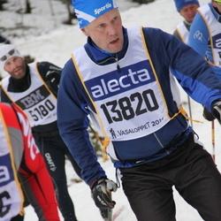 Skiing 90 km - David Wiklund (13820)
