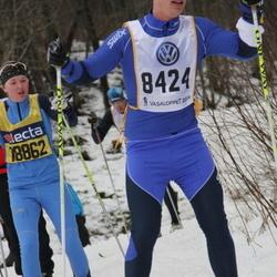 Skiing 90 km - Carl Symreng (8424)