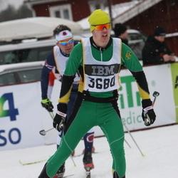 Skiing 90 km - Dennis Lindberg (3680)