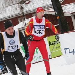 Skiing 90 km - Fredrik Busk (5667)