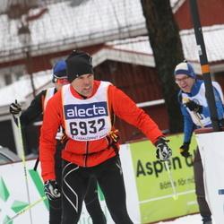 Skiing 90 km - Anders Hellman (6932)