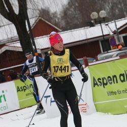 Skiing 90 km - Chelsea Little (17441)