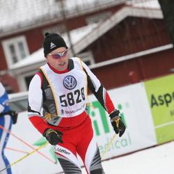 Skiing 90 km - Christer Rönnlund (5828)