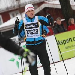 Skiing 90 km - Elias Karlsson (13639)