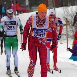 Skiing 90 km - Jani Puhakka (1293), Torgeir Hermansen (12933)
