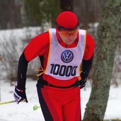 Skiing 90 km - Eero Antons (10000)