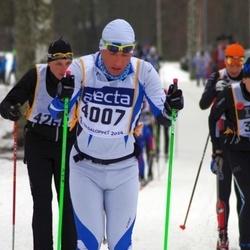 Skiing 90 km - Janno Greenbaum (4007)