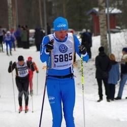 Skiing 90 km - Henrik Skoog (5885)