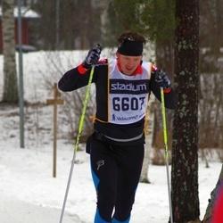 Skiing 90 km - Henrik Björklund (6607)