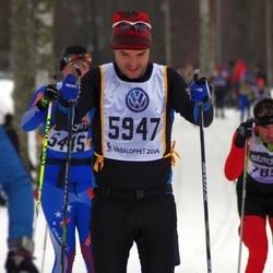 Skiing 90 km - Carl Heyman (5947)