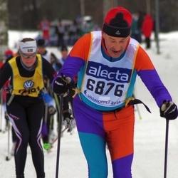 Skiing 90 km - Eero Saari (6876)