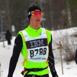 Skiing 90 km - Fredrik Lagerhorn (8788)