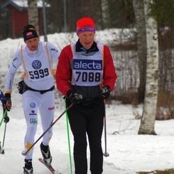 Skiing 90 km - Mikael Norlander (5999), Dennis Stenmark (7088)