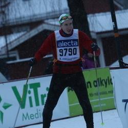 Skiing 90 km - Antti Koivisto (9790)