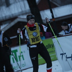 Skiing 90 km - Edit Wilson (18107)