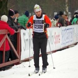Skiing 90 km - David Neskvern (12308)